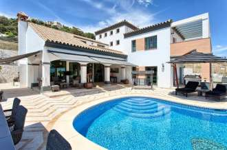 Detached Villa in Benalmadena Costa