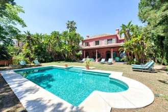 Detached Villa in Marbella