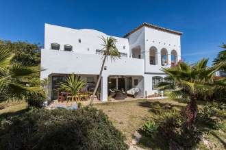 Detached Villa in Estepona
