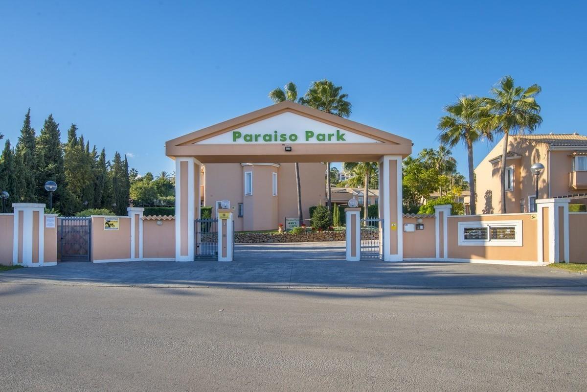 Townhouse in Paraiso Park Estepona
