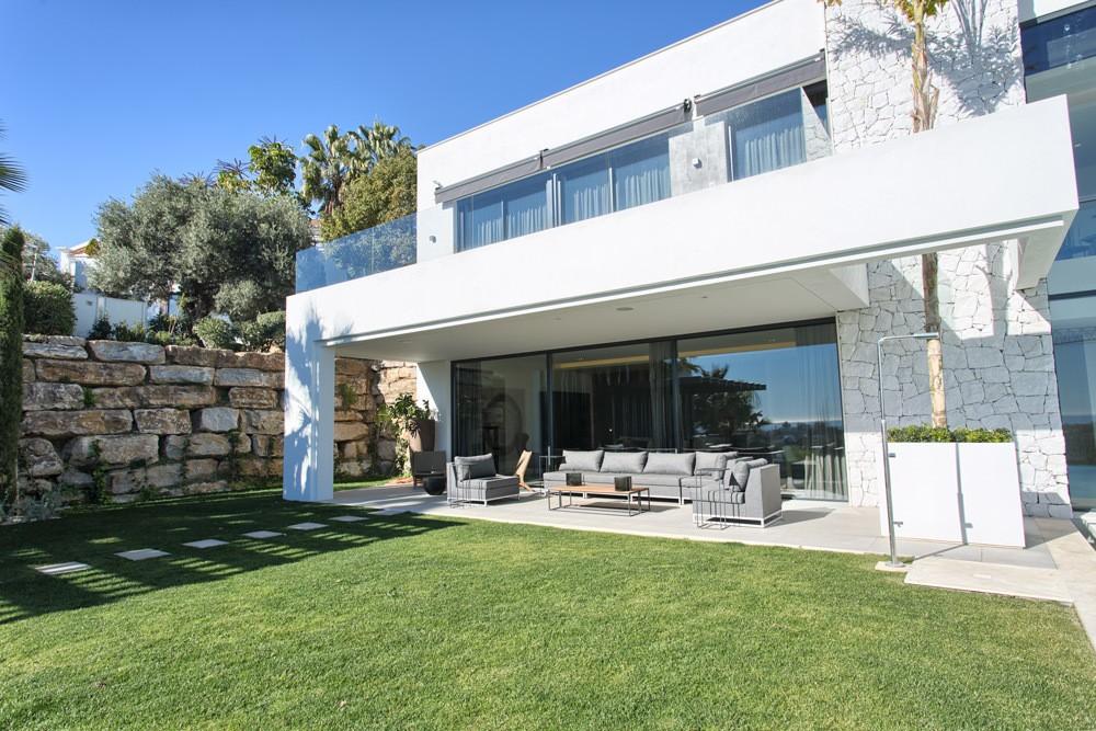 Villa in La Alqueria Benahavis