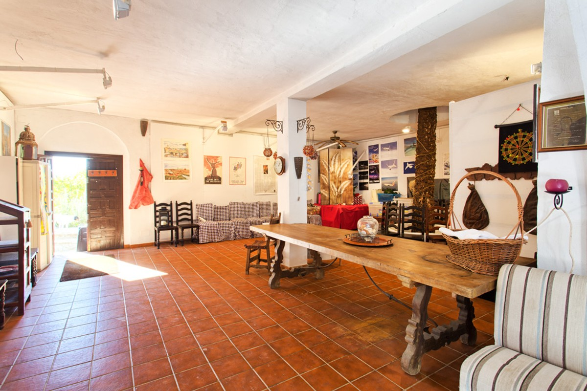 Finca cortijo in Estepona