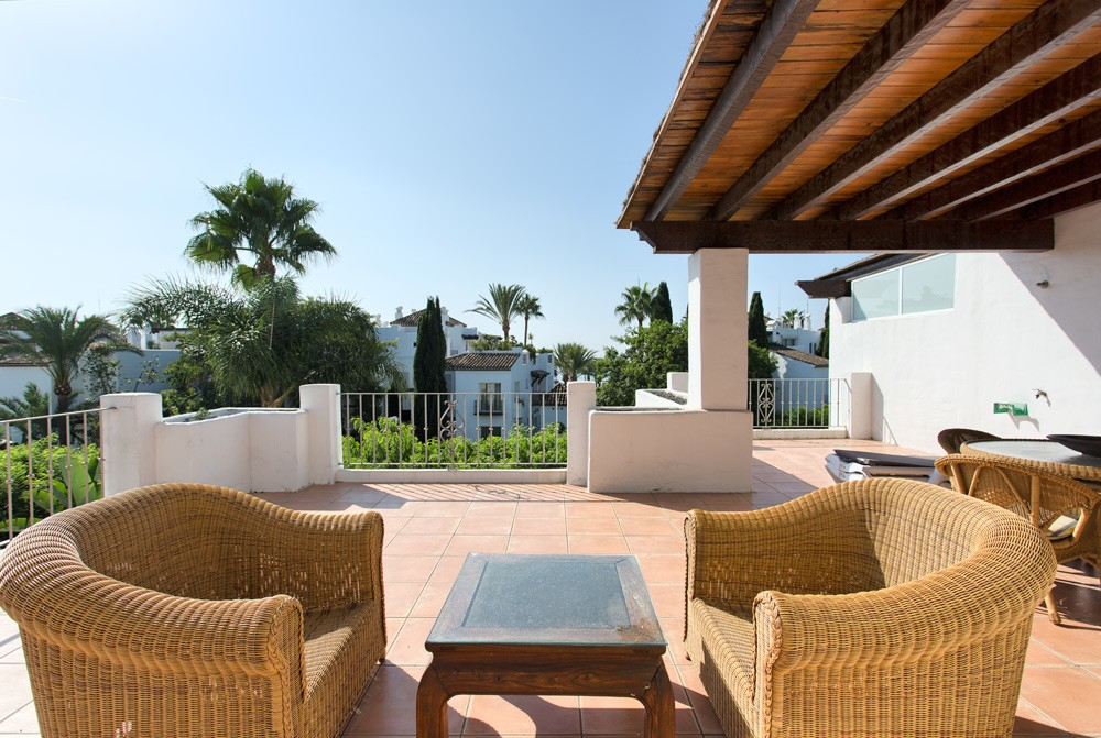 Penthouse in Alcazaba Beach Estepona