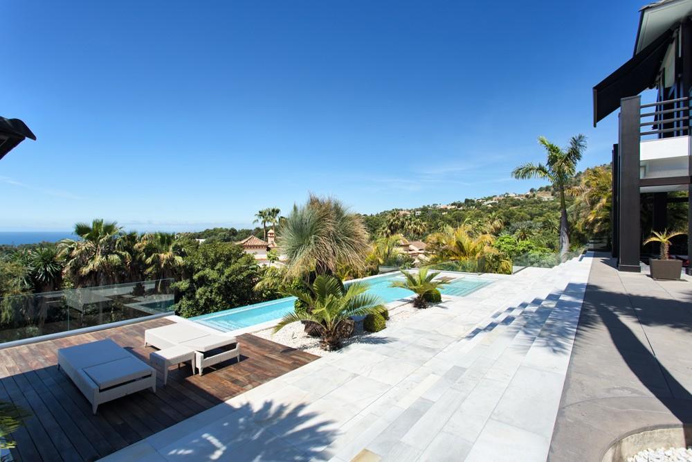 Villa in Cascada de Camojan Marbella
