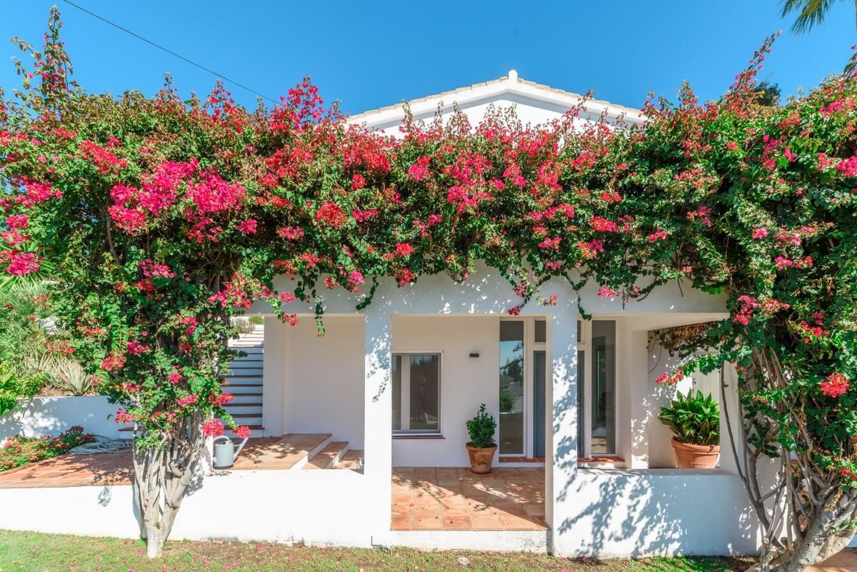Villa in El Rosario Marbella
