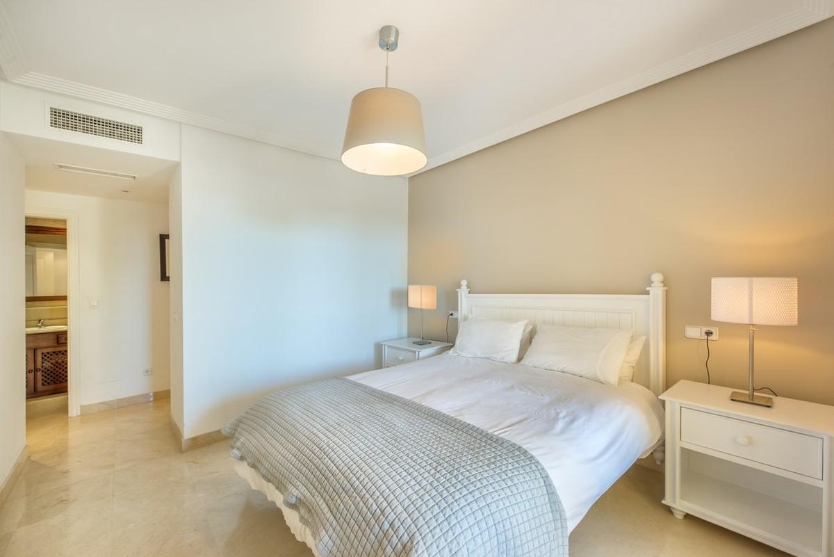 Apartment in Las Jacarandas Benahavis
