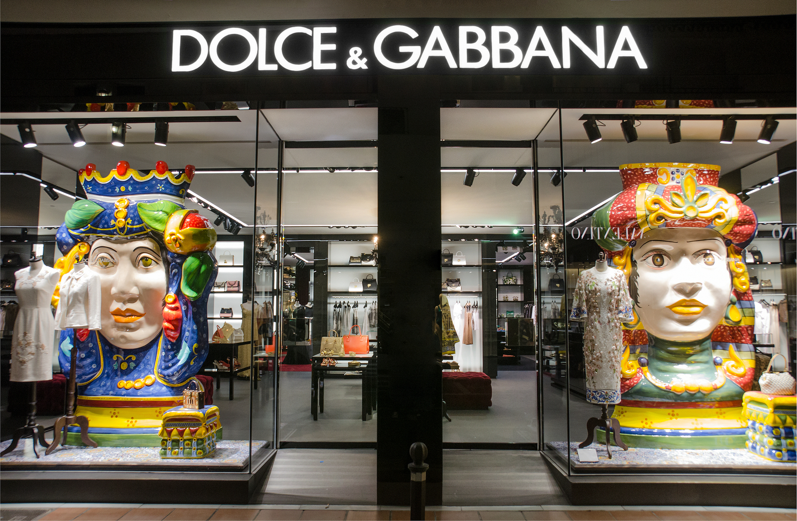 Puerto Banús property and living Dolce & Gabbana store in Puerto Banus Marbella Spain.