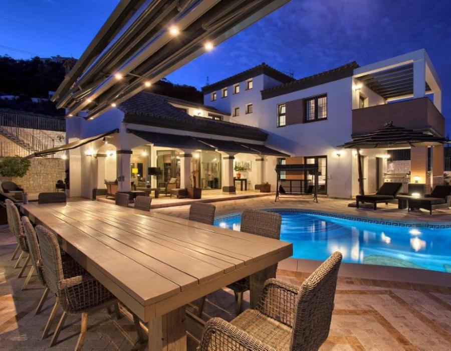Luxury villa in Benalmadena