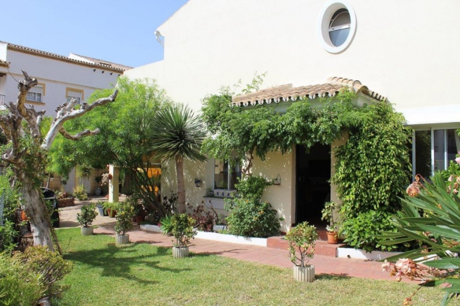 Semi detached villa in Benalmadena Pueblo