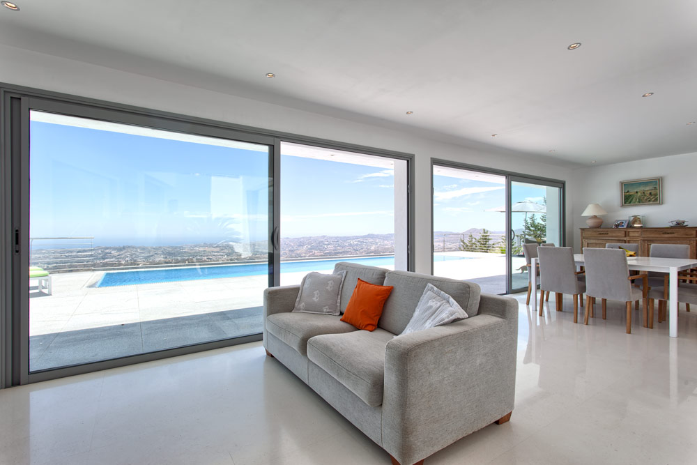 Villa for sale in Mijas Valtocado