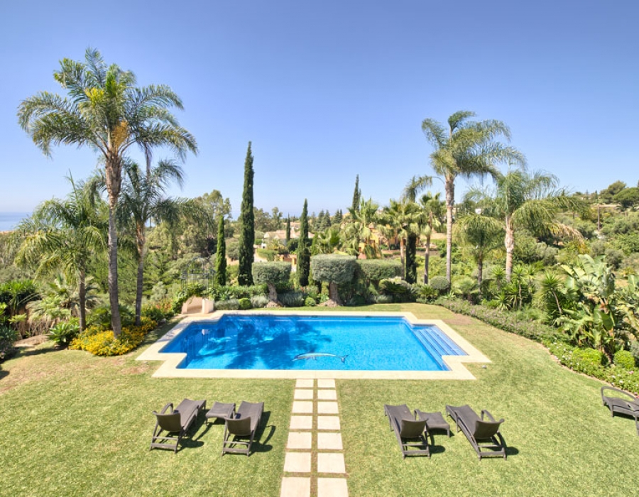 Villa for sale in Marbella Cascada de Camojan