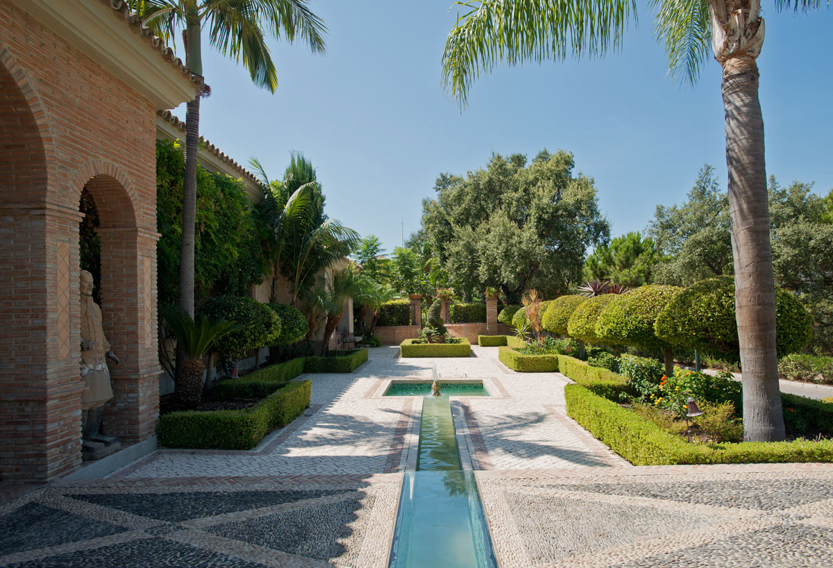Villa for sale in La Zagaleta Benahavis