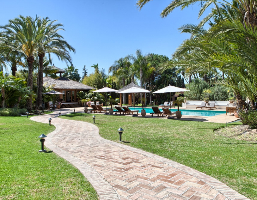 Villa for sale in Guadalmina Baja San Pedro de Alcantara