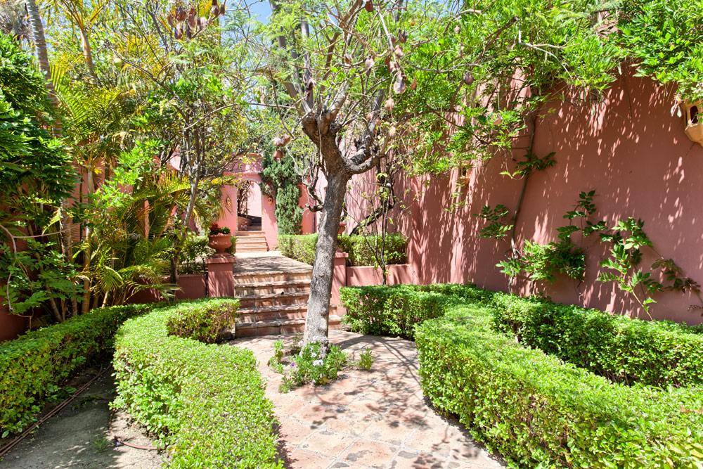 Detached villa for sale in Marbella Hacienda Las Chapas