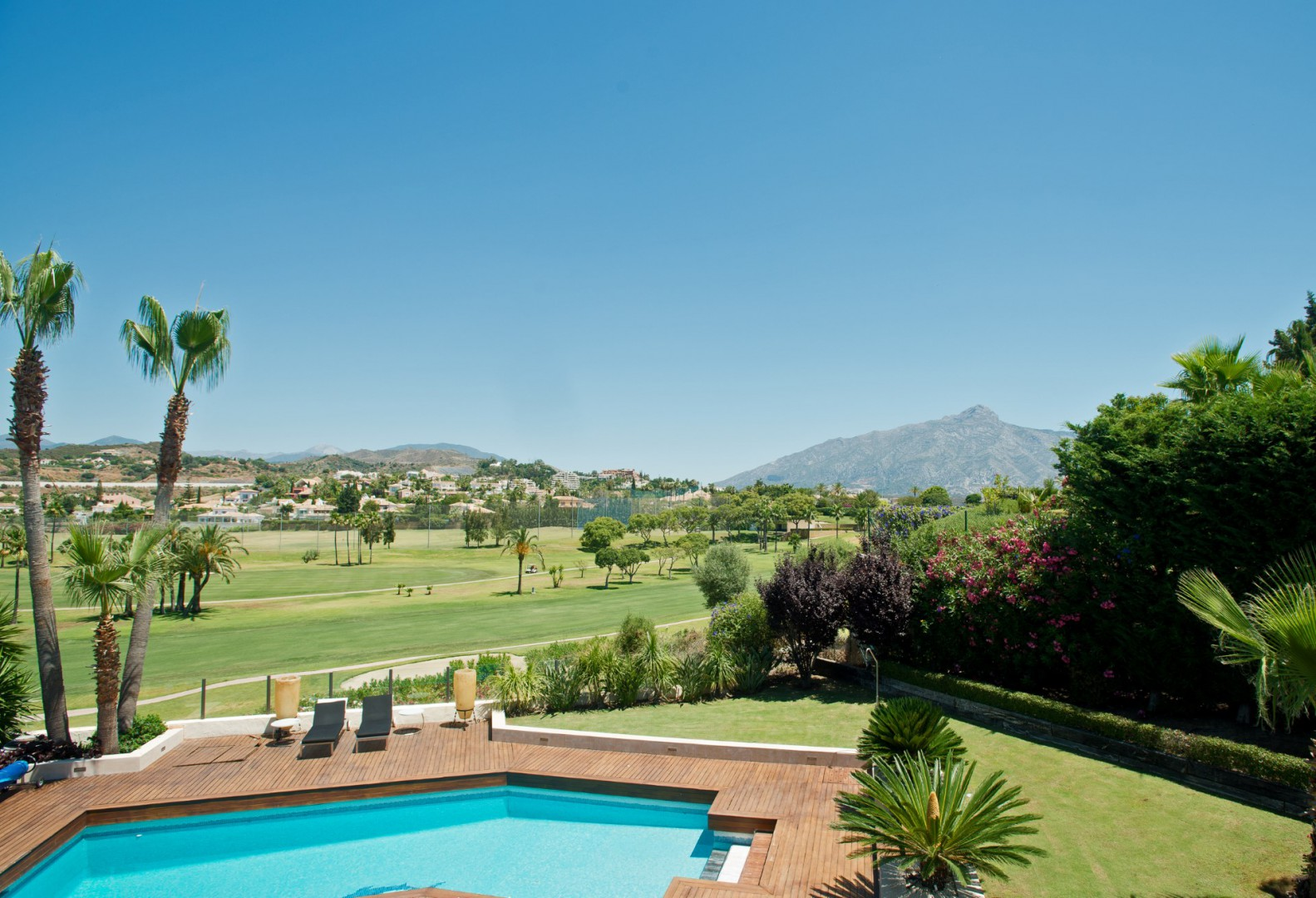 Villa in Los Naranjos Golf for sale (Marbella - Nueva Andalucia)