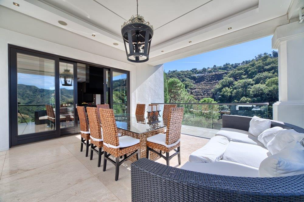 Luxury villa in La Zagaleta (Benahavis) for sale