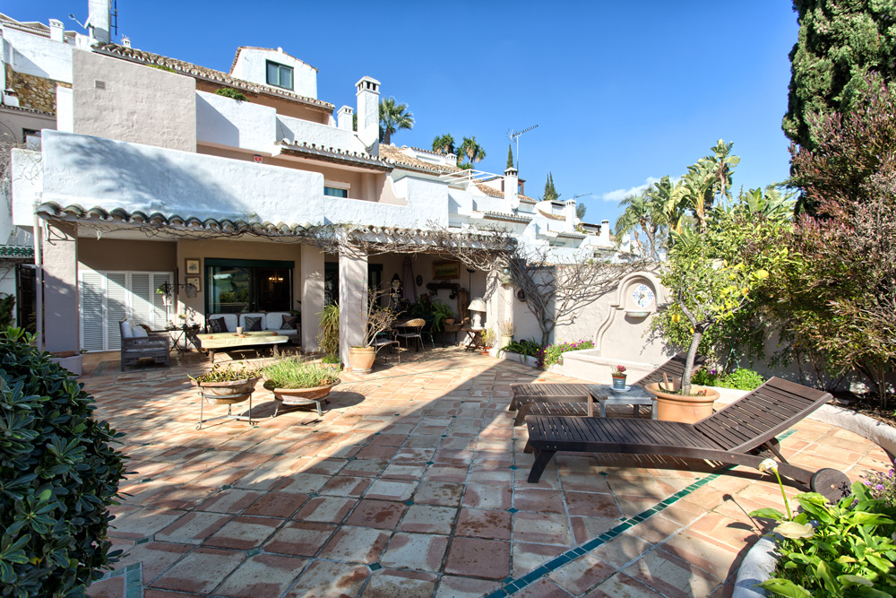 Townhouse in Nueva Andalucia for sale (Los Toreros)