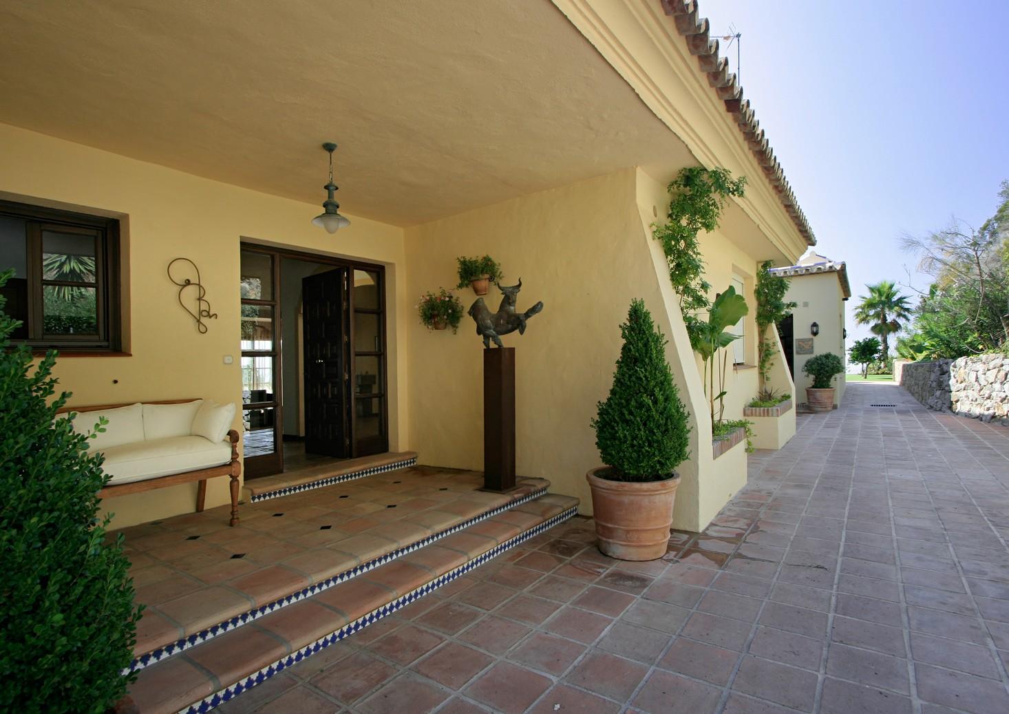 Villa in Benahavis Hills for sale (Costa del Sol)