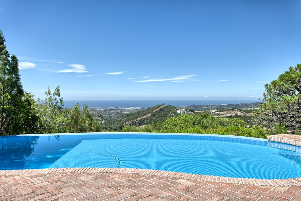 Villa in Marbella Club Golf Resort for sale (Benahavis)