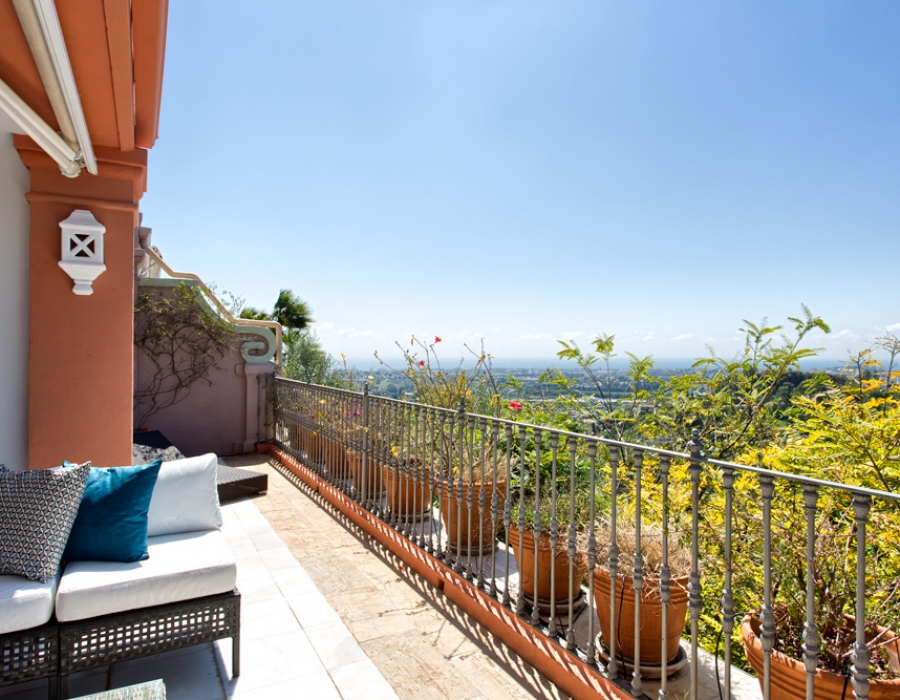 Apartment in Nido de Monte Halcones Benahavis for sale