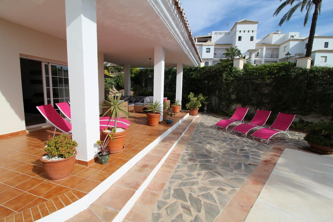 Villa in Alhaurin el Grande (Alhaurin Golf) for sale