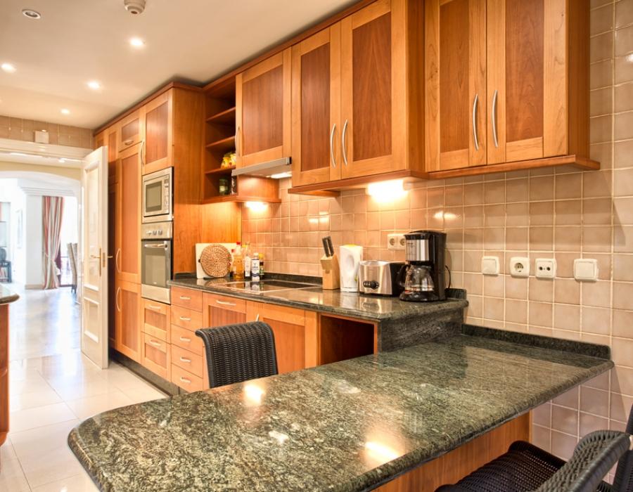 Apartment in Puerto Banus for sale (La Alzambra)