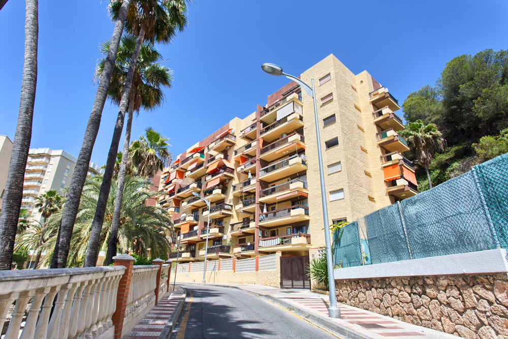 Apartment in La Carihuela for sale (Torremolinos)