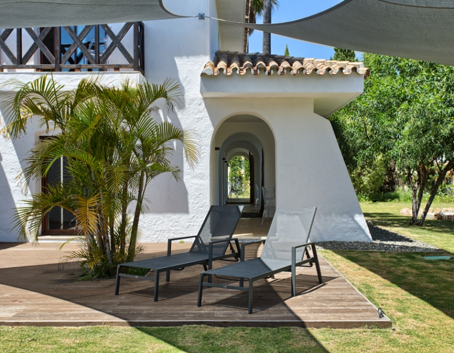 Villa in Puerto Banus for sale (Nueva Andalucia)