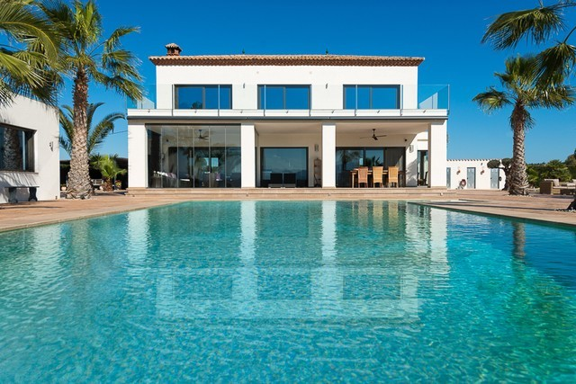 Contemporary villa in Alhaurin el Grande for sale