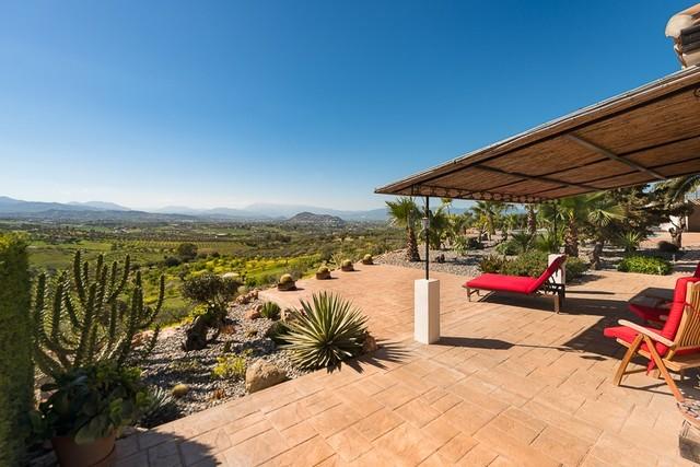 Contemporary villa in Alhaurin el Grande for sale
