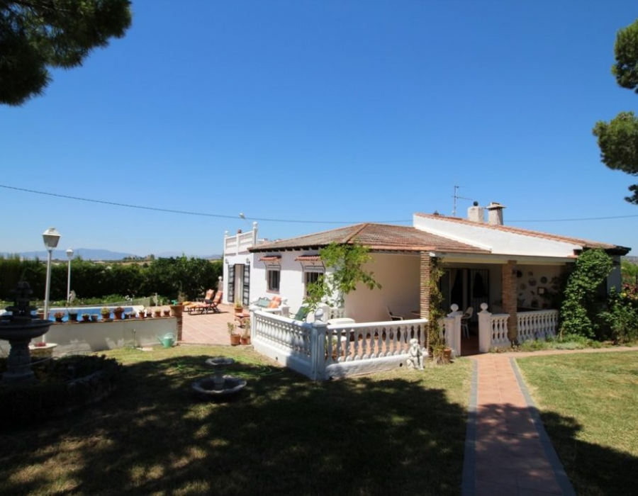 Country house in Alhaurin el Grande for sale