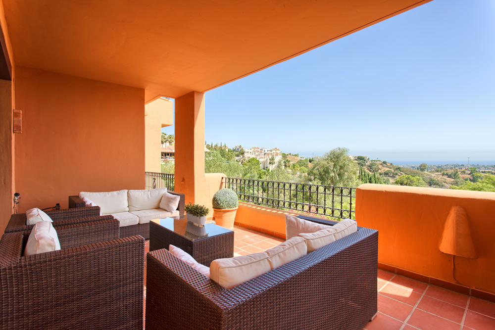 Apartment in La Cumbre de los Almendros Benahavis for sale