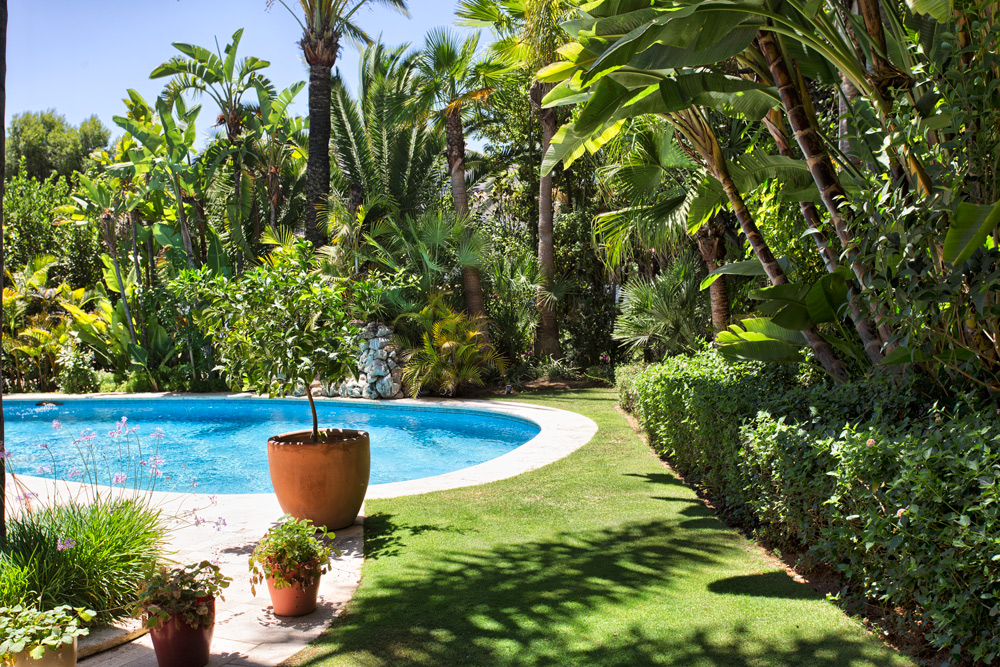Villa in Altos de Puente Romano Marbella for sale