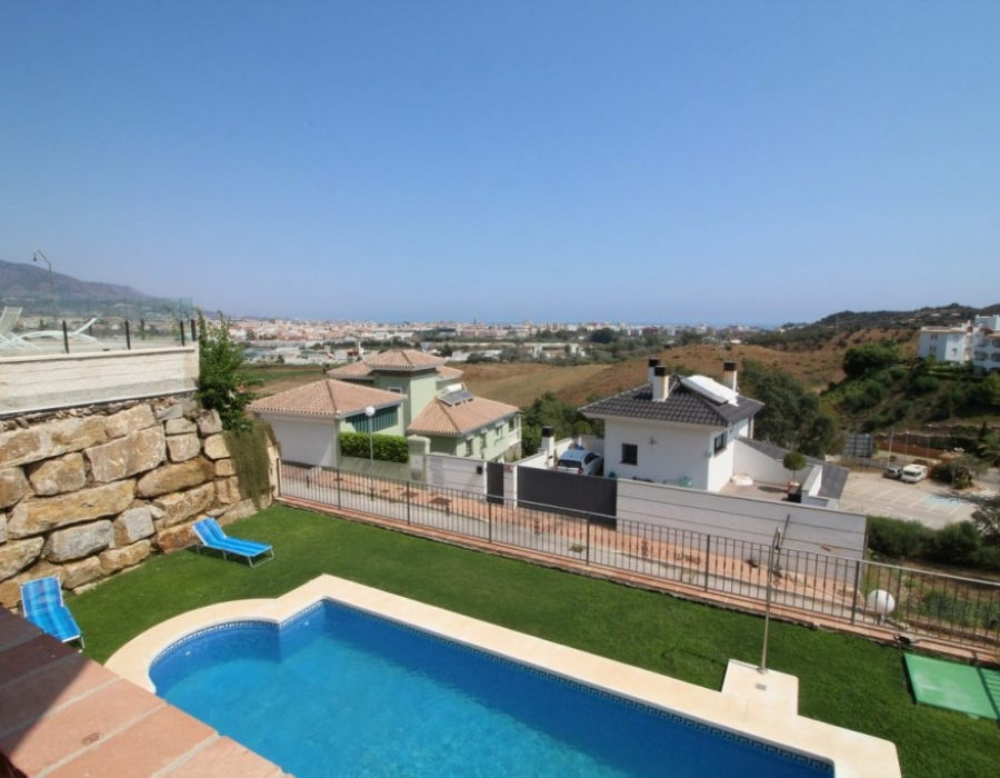 Villa in Cerros del Aguila for sale (Mijas Costa)