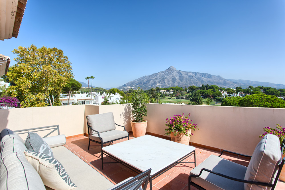 Villa in Aloha Marbella (Nueva Andalucia) for sale