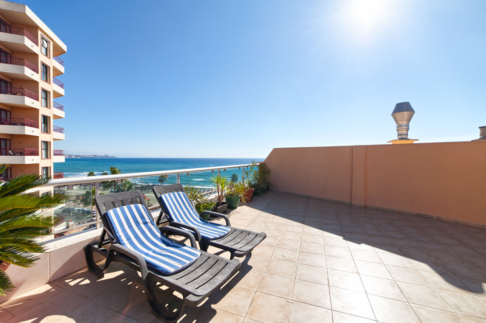 Roof terrace of penthouse in Fuengirola