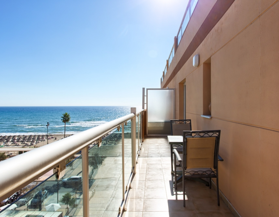 Beach penthouse in Fuengirola (Los Boliches) for sale