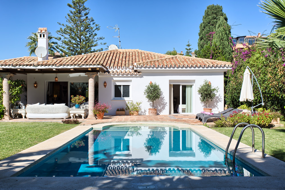 Villa in El Paraiso Barronal - Estepona for sale
