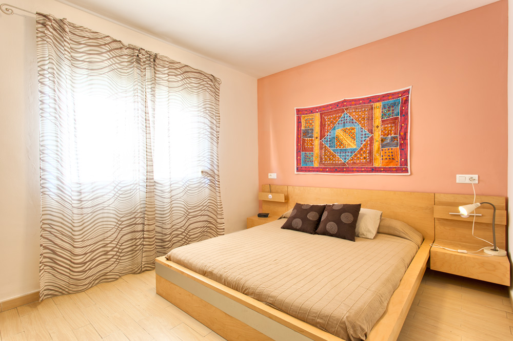 First line beach apartment in Estepona for sale