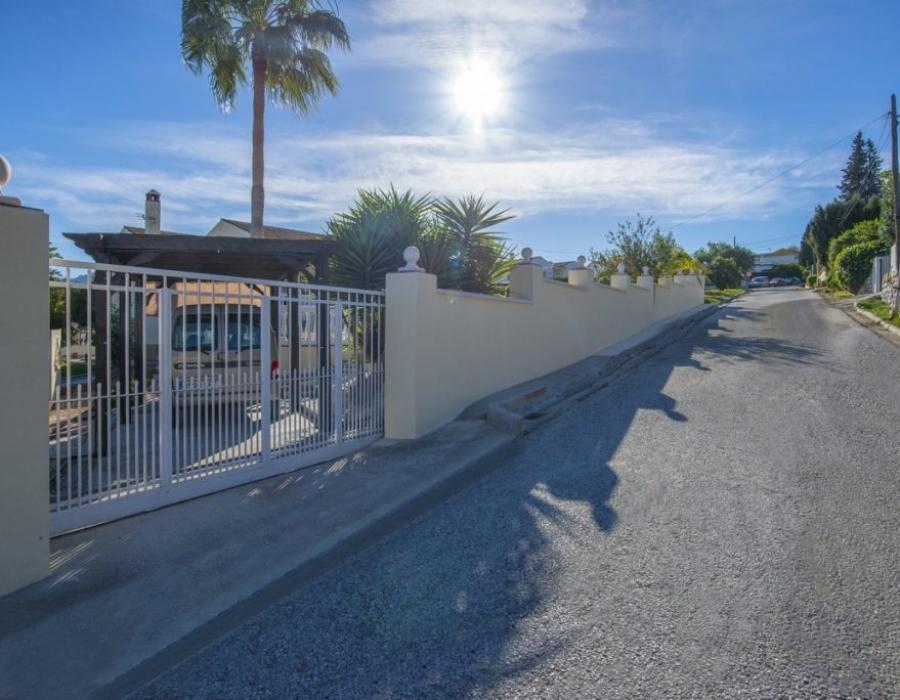 Villa in Miralmonte Coin for sale