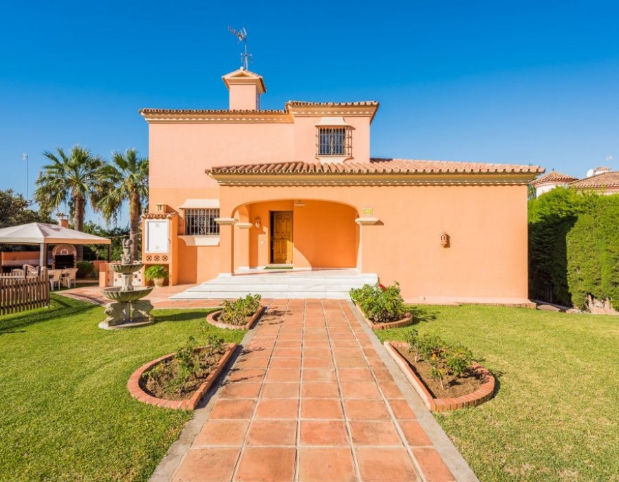 Villa in Huerta del Prado Marbella for sale