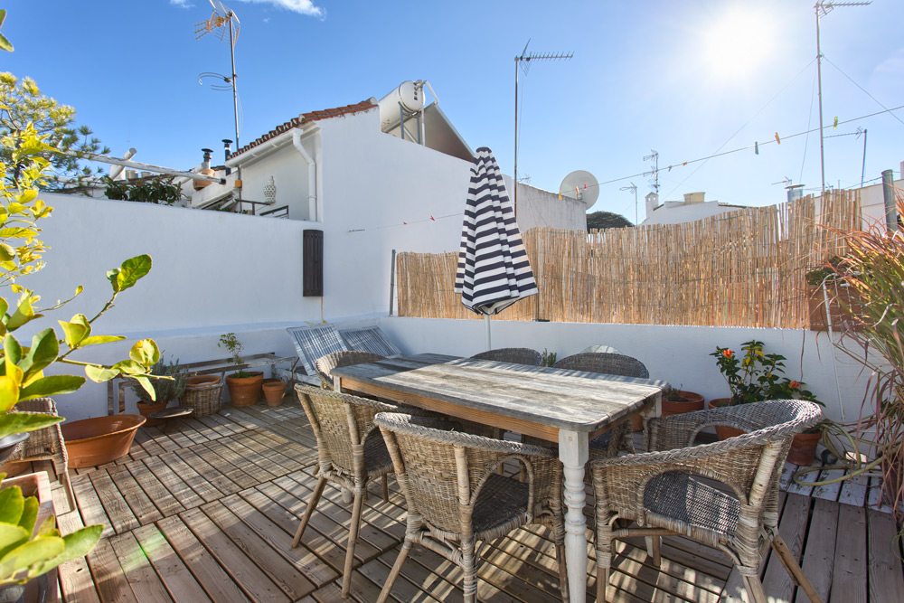 Townhouse in Estepona center for sale
